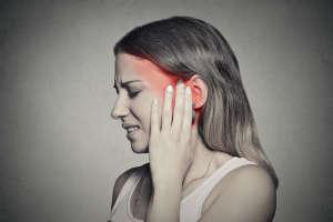 耳鸣还能不能戴耳机?做好这几点和耳鸣说再见