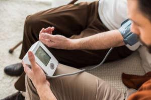 """怎样吃控制""""血压""""?提醒:饮食做好""""2多2少"""",血压控制得好"""