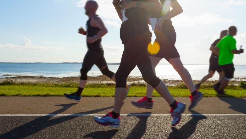 癌症协会指南:中高强度的运动和健康的饮食,能够降低患癌的风险