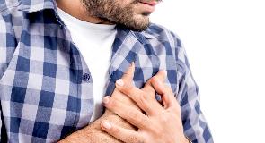 反复胸闷胸痛?尽快上医院做这3个检查,别再拖了