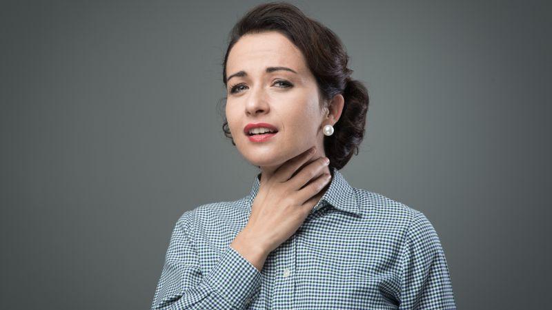 喉咙痛多喝水就好了?这4个背后的疾病要找出来,不然喝再多也没用