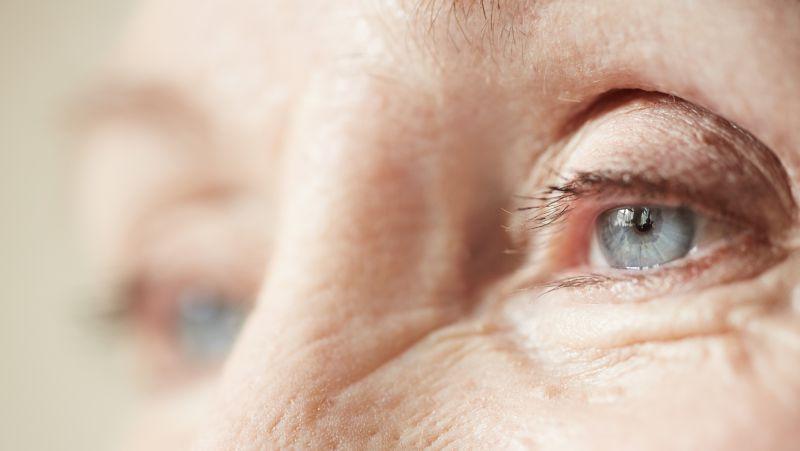 眼睛视神经萎缩还能恢复吗