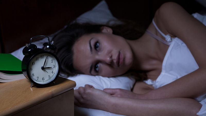 疫情期间焦虑易失眠?不妨试试这7个小妙招,远离失眠困扰