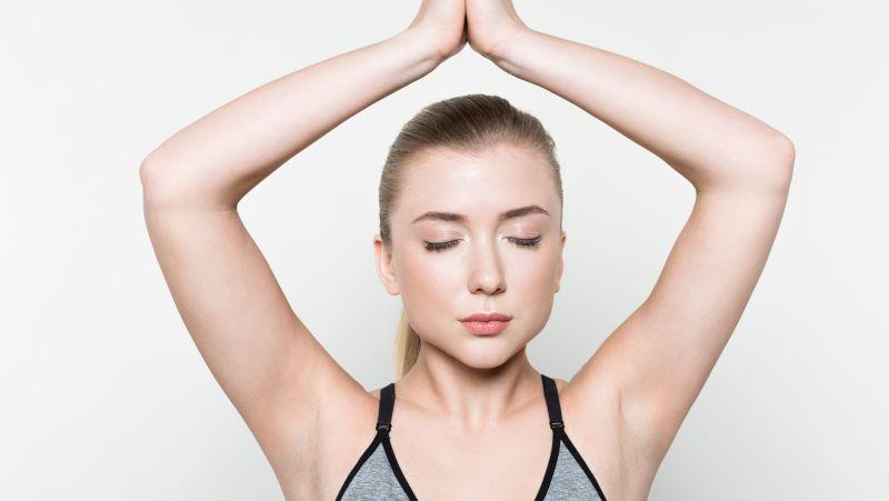 瑜珈瘦手臂的动作