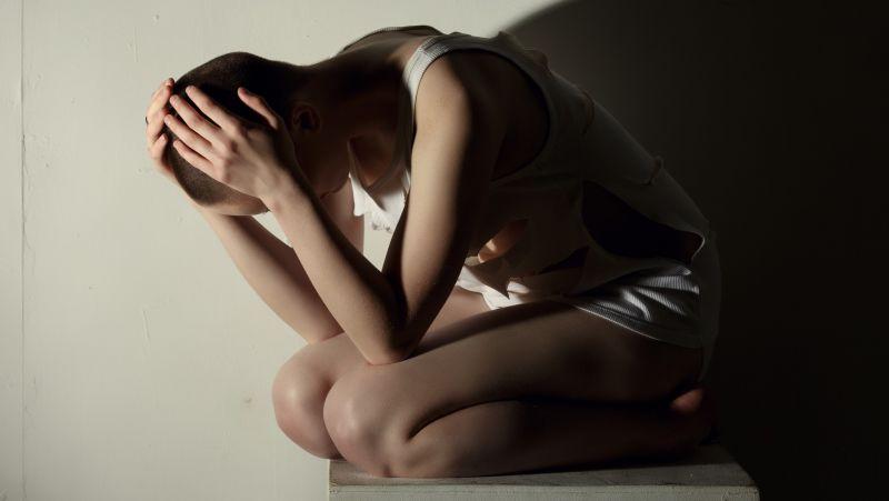 """新冠疫情已影响百万人精神健康,这些""""心理后遗症""""应重视!"""