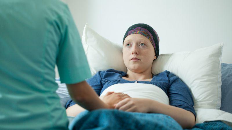 咳嗽吐血是肺癌?吐血是肺癌晚期?