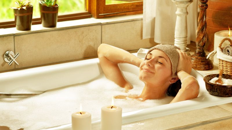 夏天洗澡若不注意3个细节,湿气可能会乘虚而入,别大意