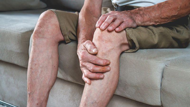 为什么会出现老年膝?运动不当,膝盖老化!