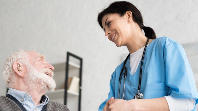 提升老人性生活的技巧有哪些方法