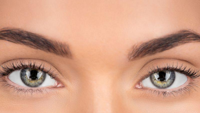 裸眼视力4.9视力正常吗