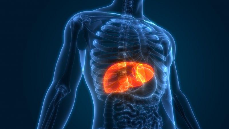 肝功能异常时,嘴巴常有5个症状,若一个没占,说明你肝脏健康