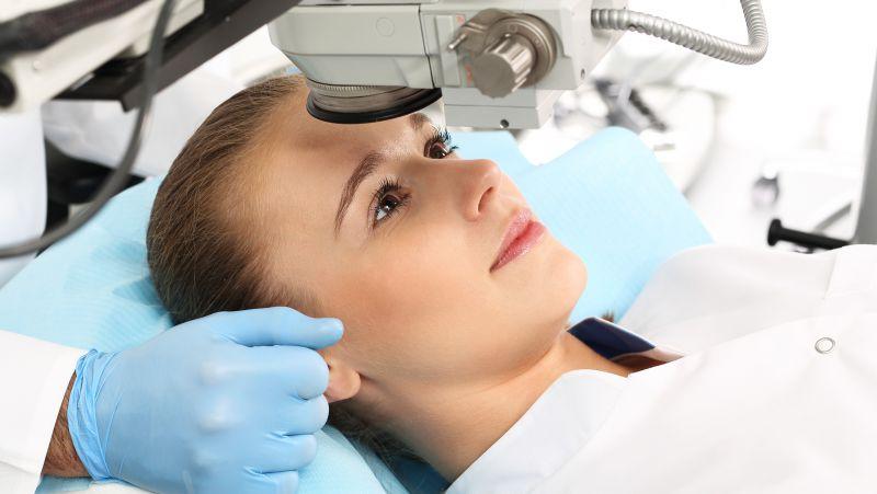 如何检查眼部视力