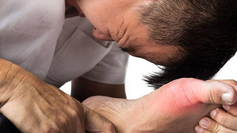 尿酸高,吃这3种食物食物可辅助降尿酸,痛风不发作